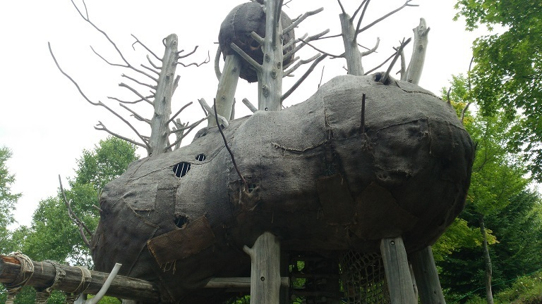 すずらん公園・謎の隠れ家.jpg